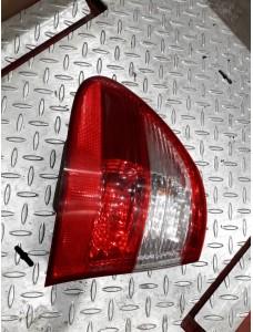 Vasak tagatuli, Mercedes Benz W211, A2118201164