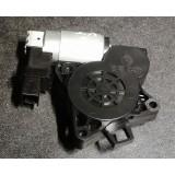 Aknatõstuki mootor vasak tagumine Mazda 5 2007 GJ6A5958X CM011760
