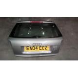 Tagaluuk Audi A3 2005 luukpära