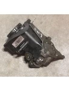 Roolivõimendi pump BMW 5 E61 3.0D 160 kW 2005 E60 693974101
