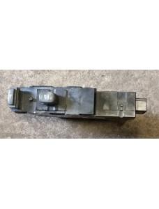 Aknatõstuki lüliti parem eesmine Volvo S80 2000 9467627