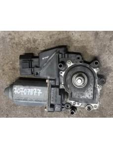 Aknatõstuki mootor parem tagumine Audi A6 C5 1997 4B0959802B