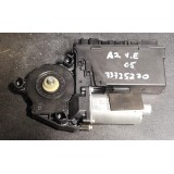 Aknatõstuki mootor vasak eesmine Audi A2 2005 8Z2959801A