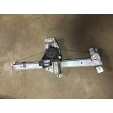Aknatõstuk mootoriga parem eesmine Toyota Avensis 2001 0130821752