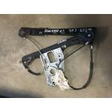 Aknatõstuk vasak eesmine Mercedes W203 C200 2002 A2037201746