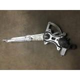 Aknatõstuk mootoriga parem eesmine Toyota RAV-4 2005 85710-42080 062040-1150