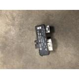 Ventilaatori relee Volkswagen Passat 1997 357919506A
