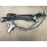 Aknatõstuk mootoriga vasak eesmine Ford Focus 2000 XS4123201